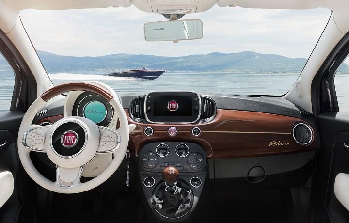 Fiat 500 Riva interior
