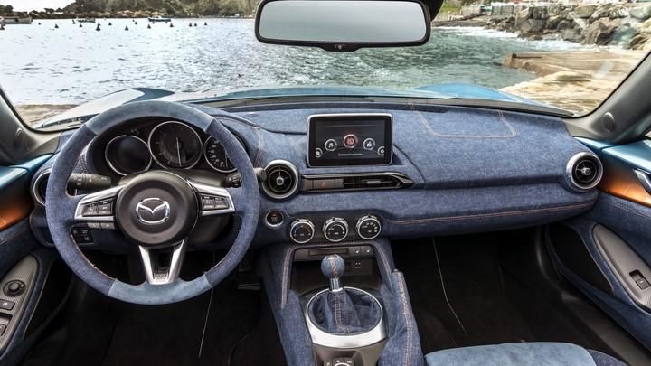 Mazda MX-5 Levanto 1