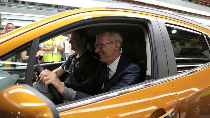 presidente Opel conduciendo el Mokka X
