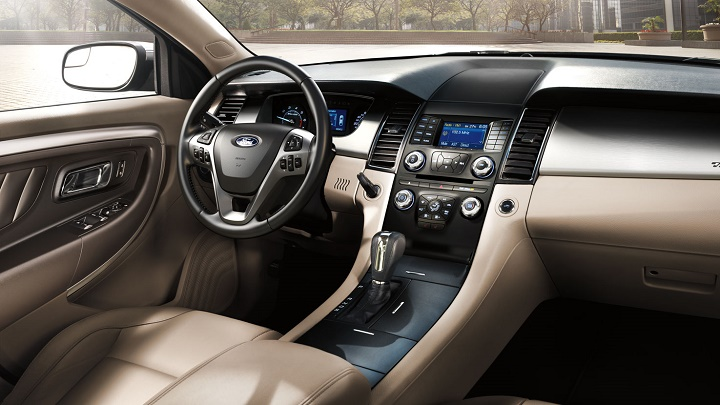 ford-taurus-interior