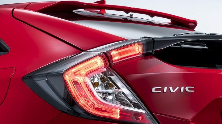 Honda Civic 2017 óptica trasera
