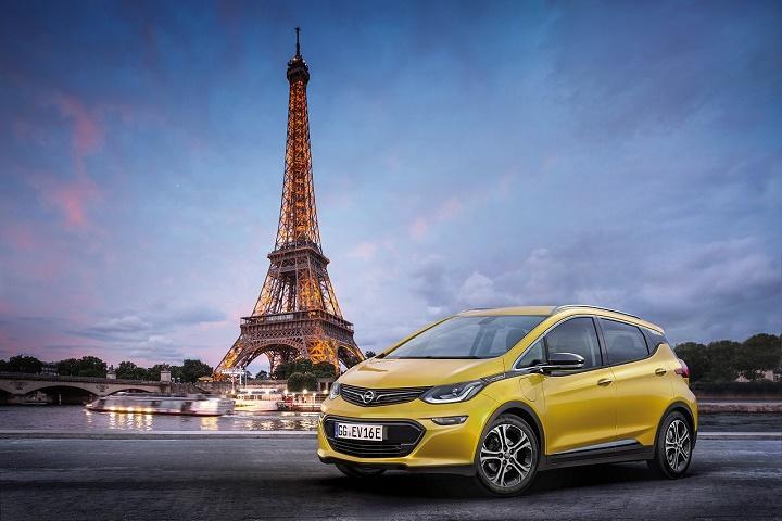 Opel Ampera-e en París