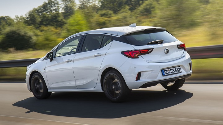 Opel Astra OPC Line Sport Pack 7