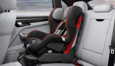 Porsche Macan Turbo Performance Package 35