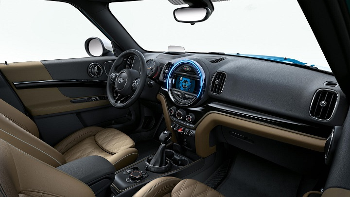 mini-countryman-2017-interior