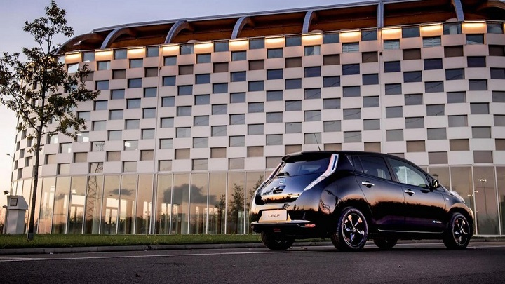 nissan-leaf-black-edition-3