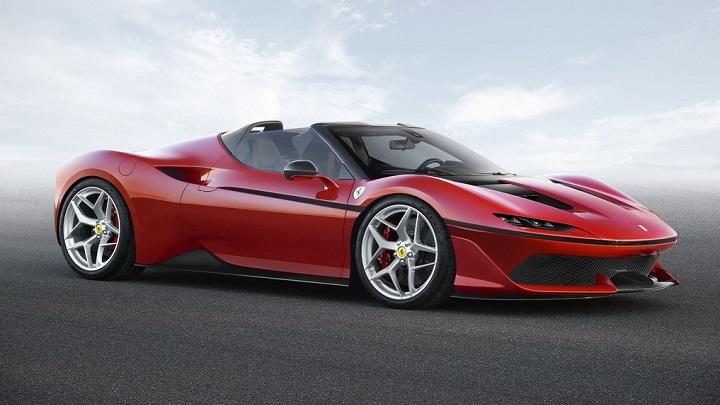 Ferrari-J50-frontal-tres-cuartos