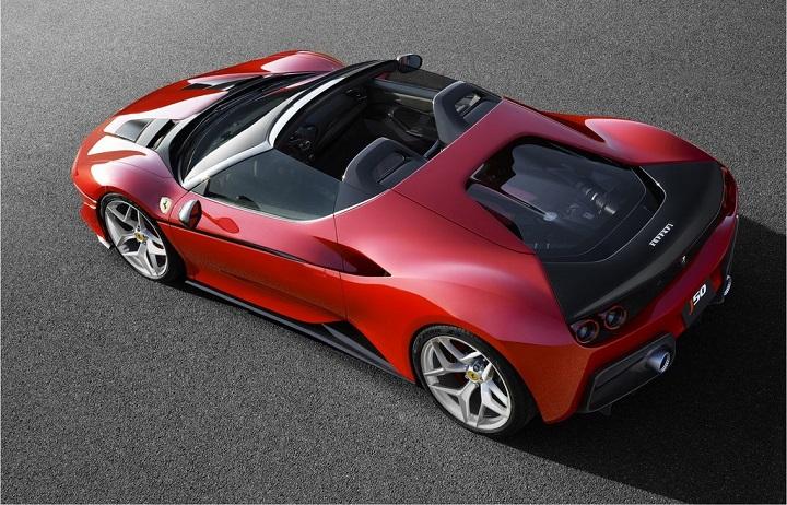 Ferrari-J50-zaga-tres-cuartos-desde-arriba