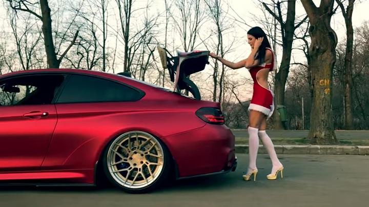 Mama-Noel-BMW-M4