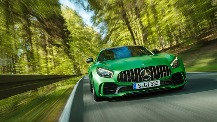 Mercedes-AMG-GT-R-frontal
