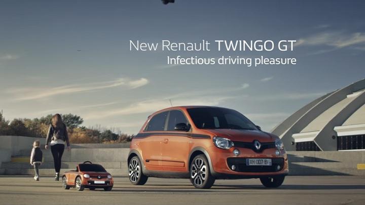 Twingo-GT-de-verdad-y-de-juguete