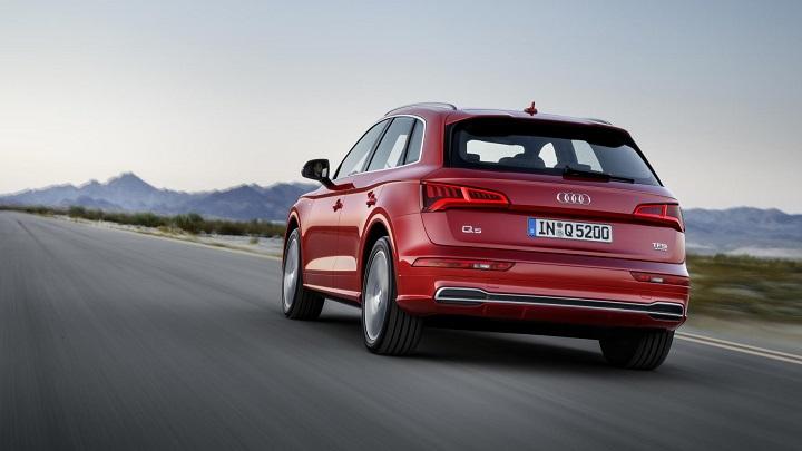 Audi-Q5-2017