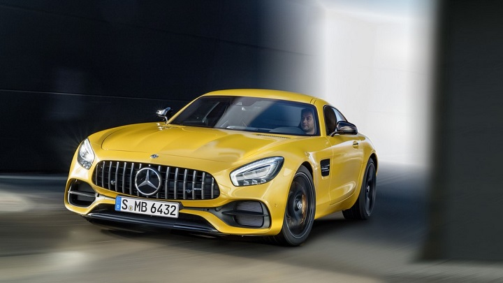 Mercedes-AMG-GT-2017 frontal