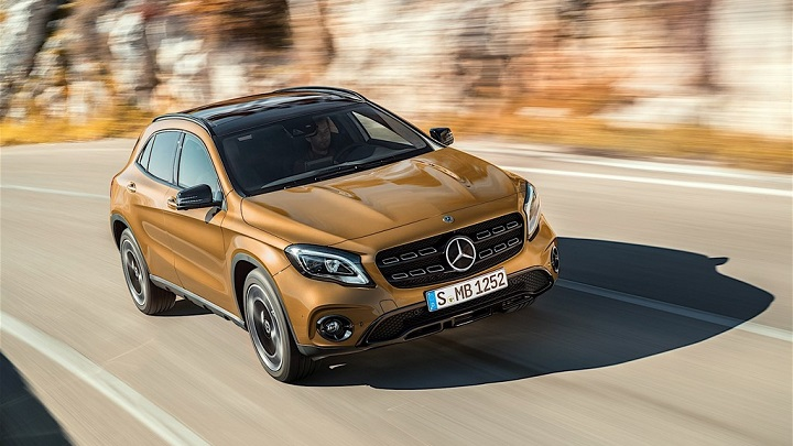 Mercedes-Benz-GLA-2017 frontal