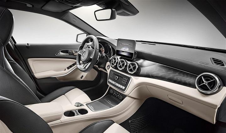 Mercedes-Benz-GLA-2017 interior