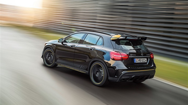 Mercedes-Benz-GLA-2017 Yellow Night Edition