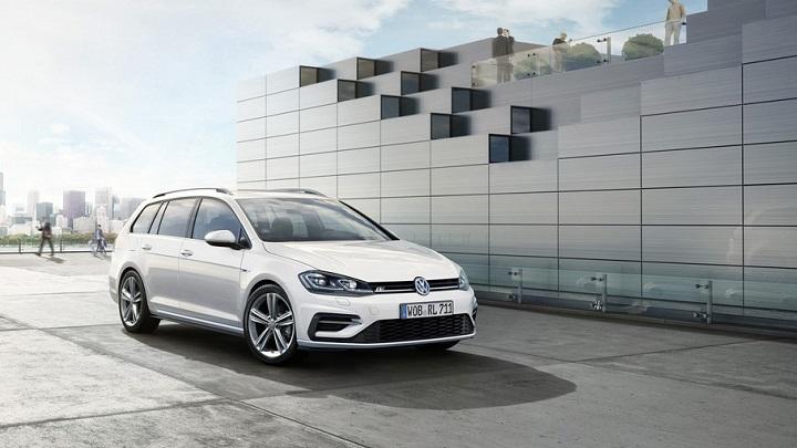 Volkswagen-Golf-R-Line