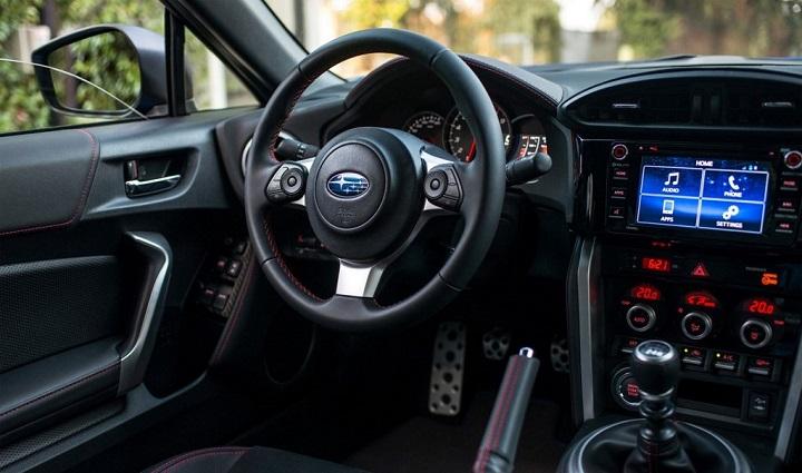 Subaru-BRZ-2017