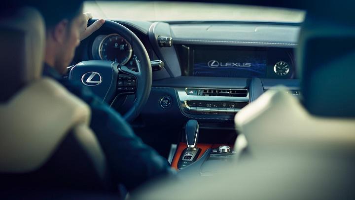 Lexus-LC-interior