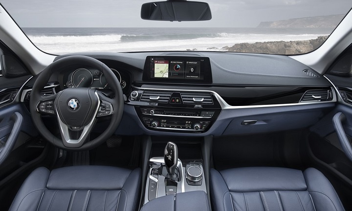 BMW-530e-iPerformance-interior