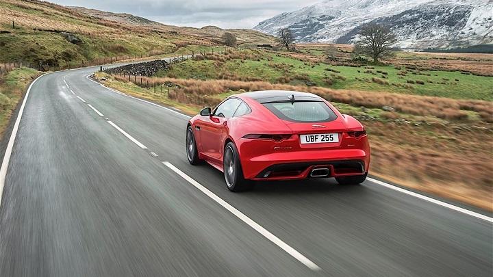 Jaguar-F-Type-cuatro-cilindros