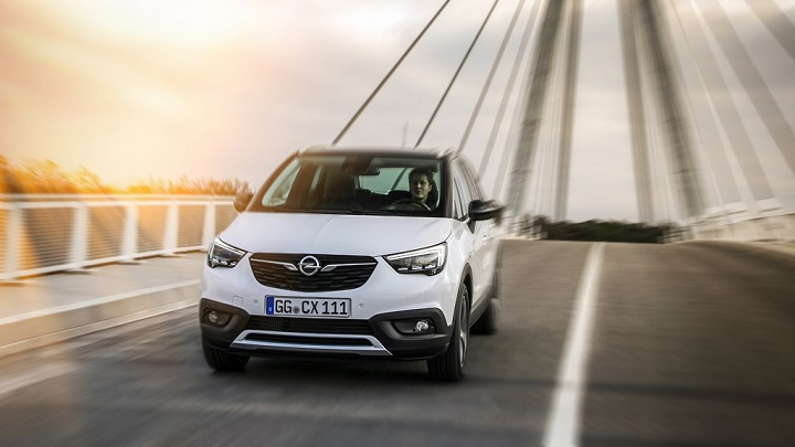 Opel-Crossland-X-frontal