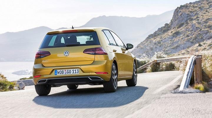 Volkswagen-Golf-TSI