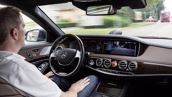 Mercedes-autonomo