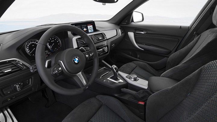 BMW-Serie-1-2017-interior