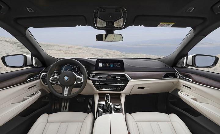 BMW-Serie-6-Gran-Turismo-2018-interior
