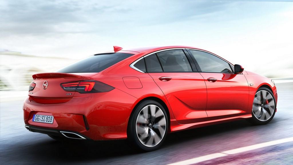 Opel-Insignia-Grand-Sport-GSi