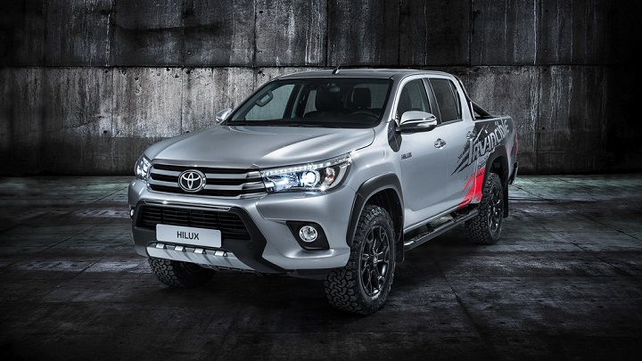 Toyota-Hilux-Invencible-50