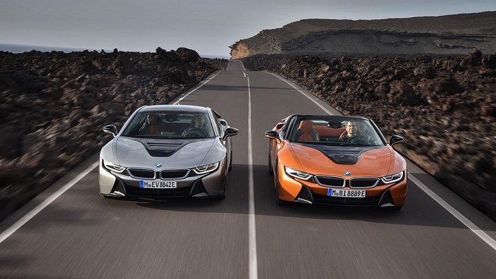 BMW-i8-Coupe-y-BMW-i8-Roadster-2018