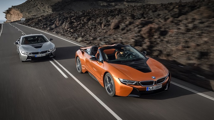 BMW-i8-Coupe-y-Roadster-2018