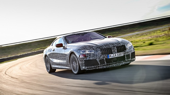 BMW-Serie-8-Coupe-con-vinilos
