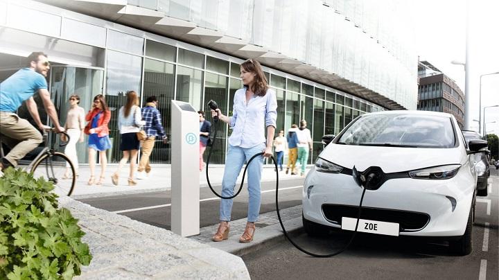 Renault-ZOE-carga