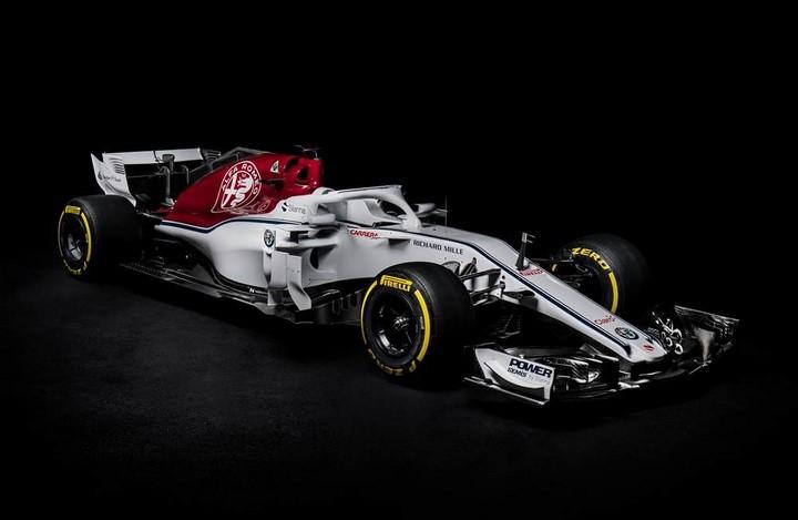 Alfa-Romeo-Sauber-F1-C37