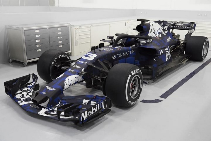 Aston-Martin-Red-Bull-RB14
