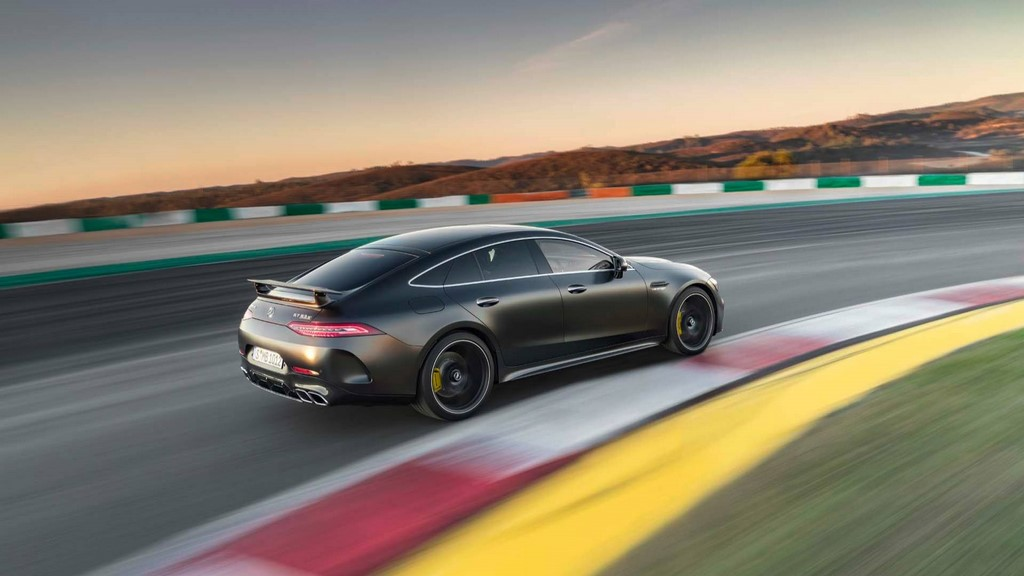 Mercedes-Benz-AMG-GT-4-puertas-Coupe