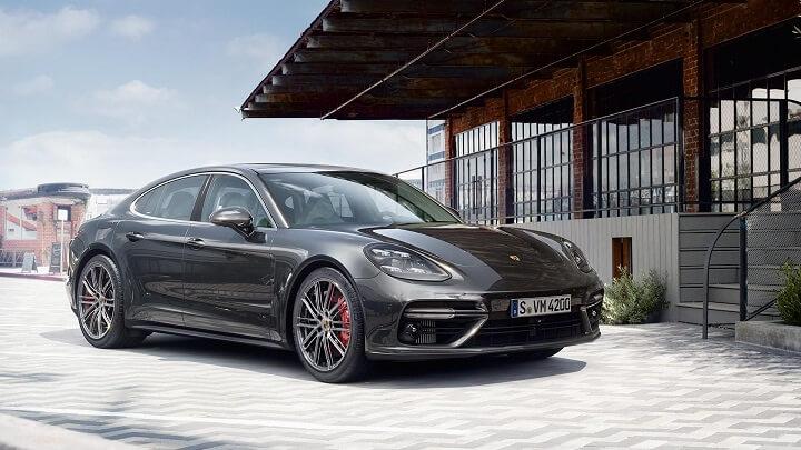 Porsche-Panamera-2017