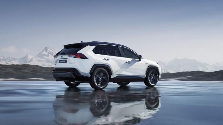 Toyota-RAV4-Hybrid-2019